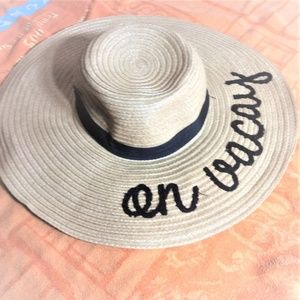 Womens Wide Brim Summer Sun Beach Hat 🐬